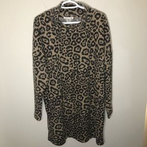 Caution to the wind leopard print